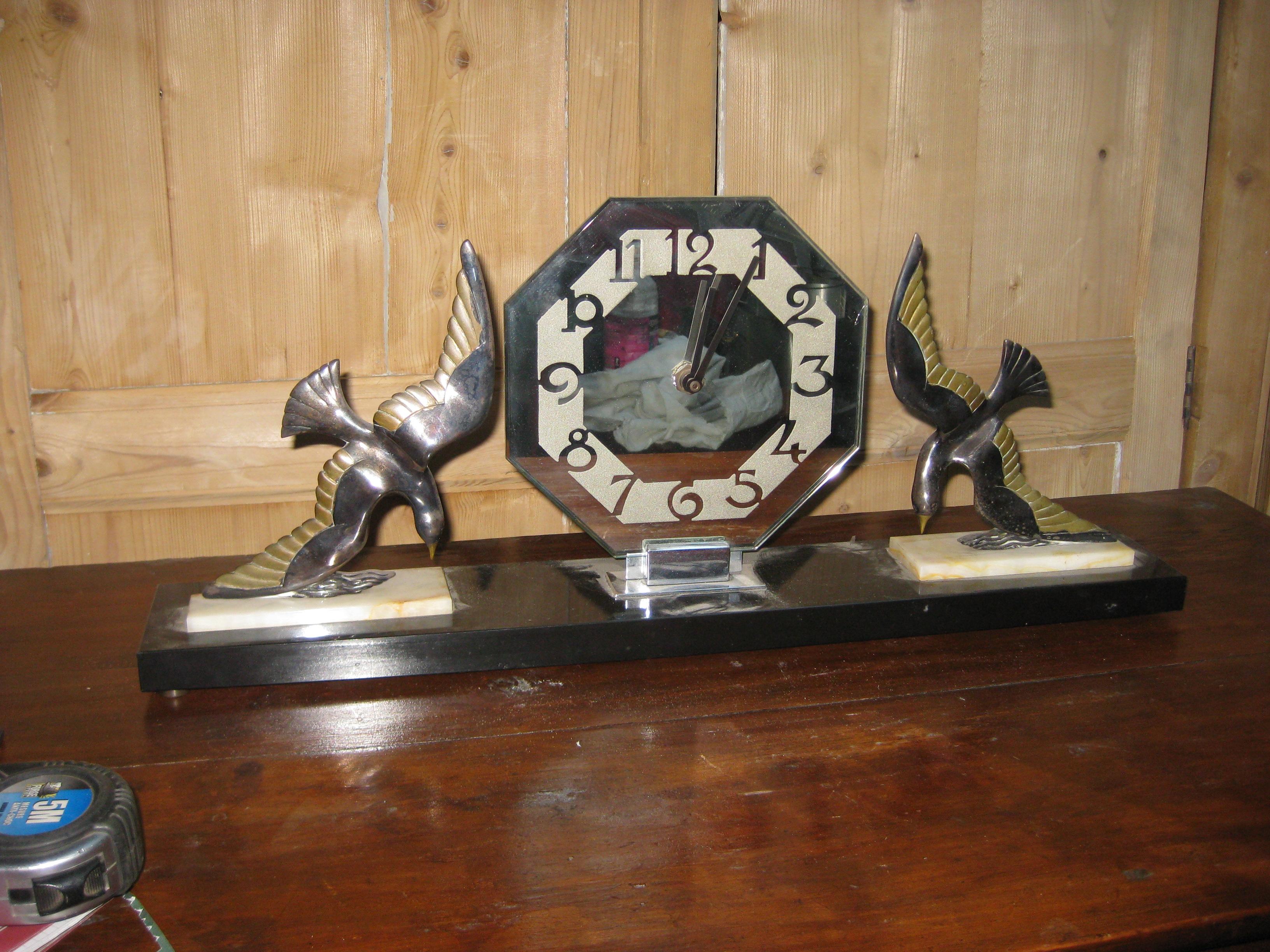 pendule art deco aux oiseaux objets vintage et brocante. Black Bedroom Furniture Sets. Home Design Ideas